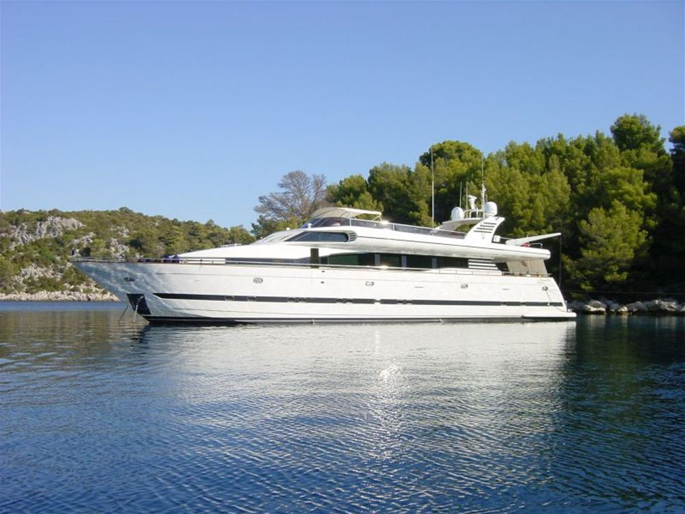 Luxury Crewed motoryacht for charter Balearics, Mallorca, Ibiza