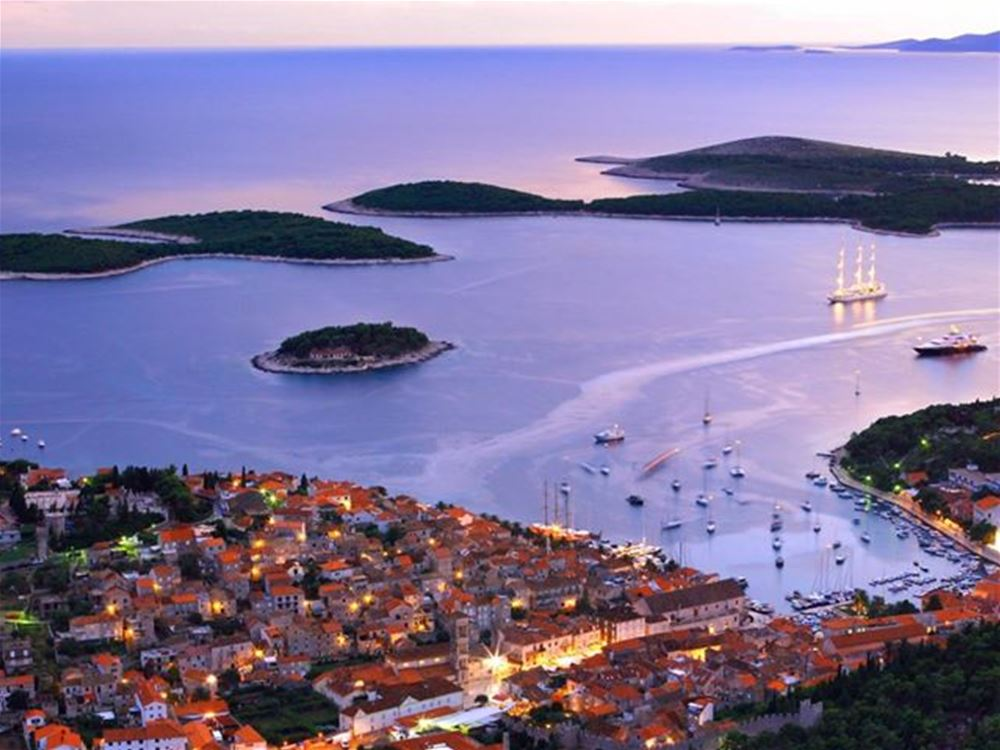 Yachts for charter in Croatia - picture Hvar