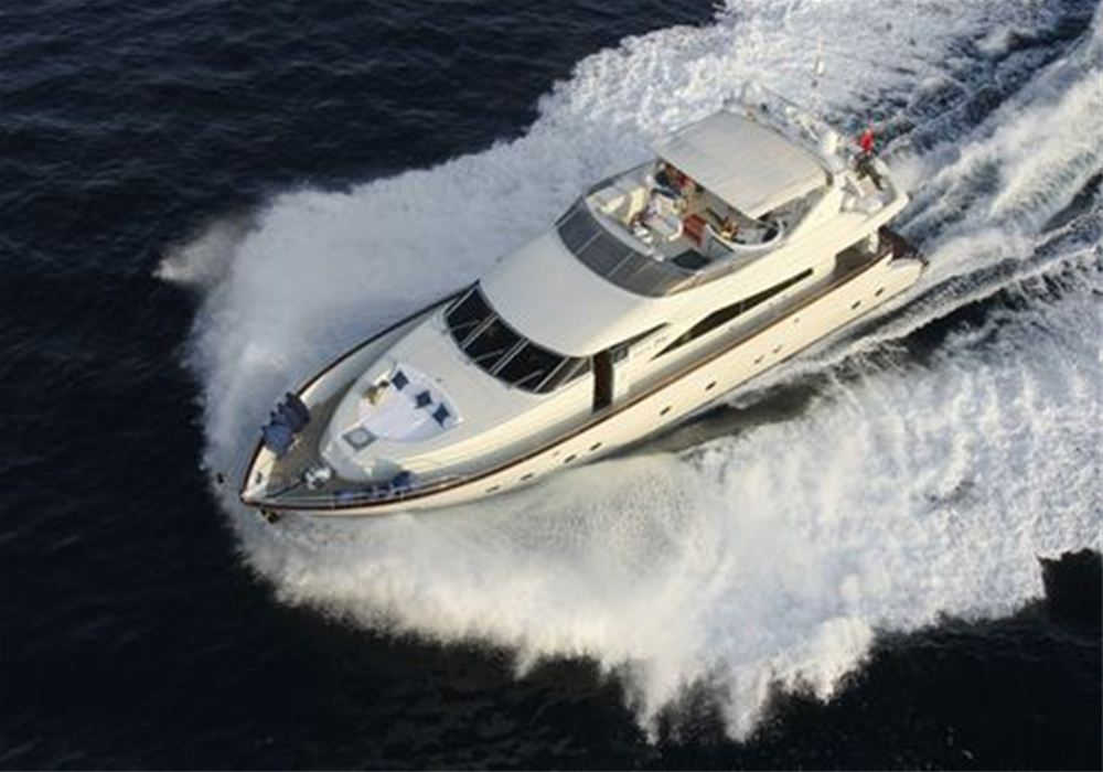 8 berth power yacht charter in Mallorca