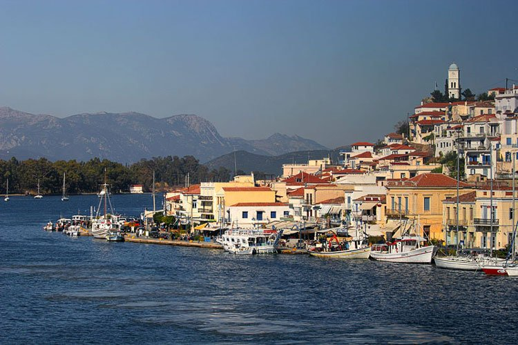 Bareboat & skippered yacht charter in Greece & the Greek islands. Best prices Best boats