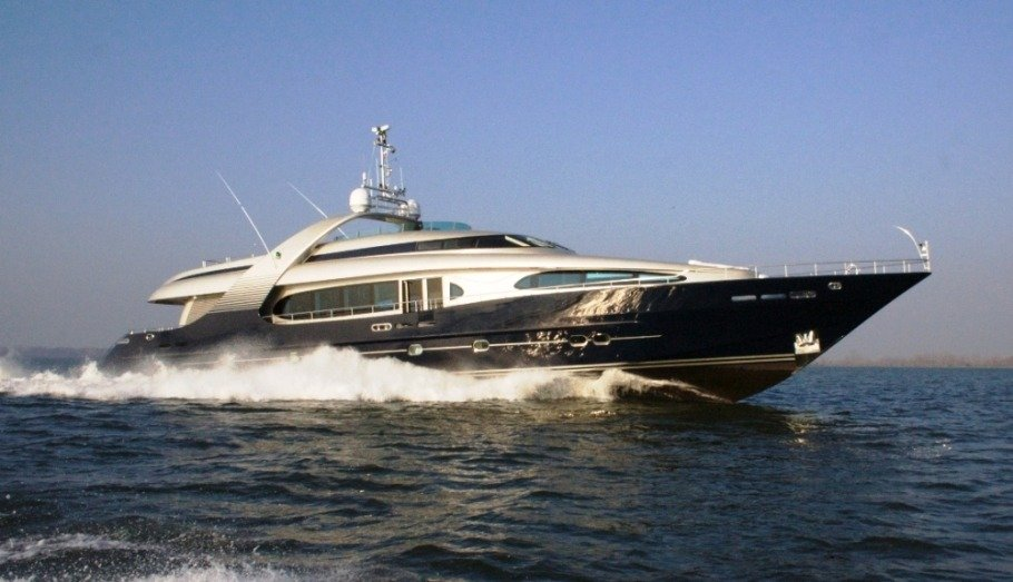Luxury 6 cabin motor yacht for charter Adriatic