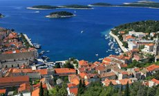 Yacht charter with crew- visit Hvar