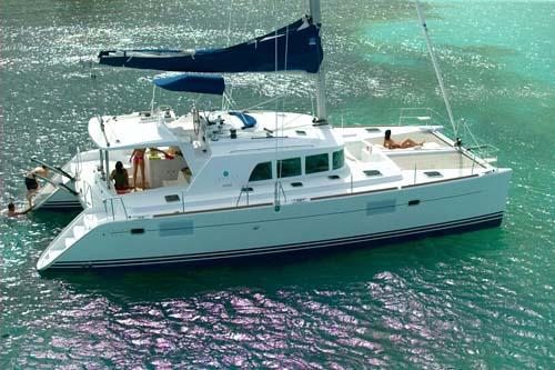 L Anch on Lagoon 440 Catamaran Layout